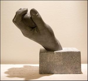 gjuta av händer