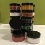 Nya burkar till färgpigmentet
